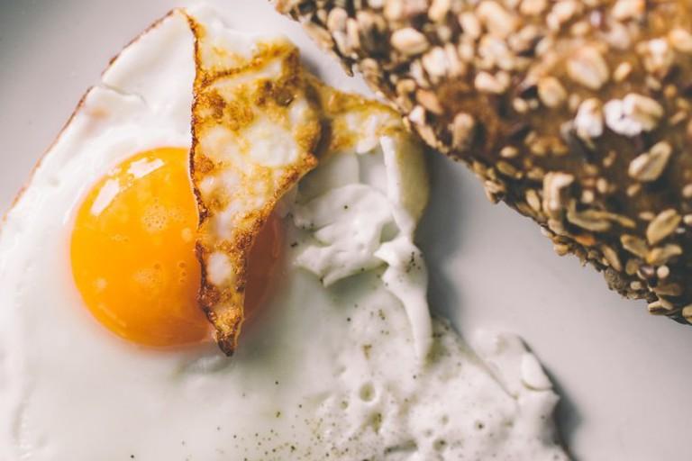 Fried Egg and Bread via Pixabay