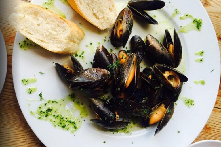 Aqua Food & Mood Lebanese Restaurant, Warwick