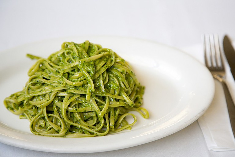 Linguine con Pesto