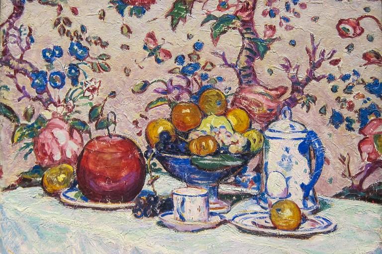 Arthur Dove, Still Life Against Flowered Wallpaper, 1909.
