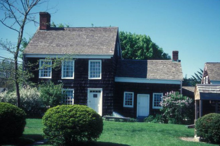 WALT WHITMAN HOUSE