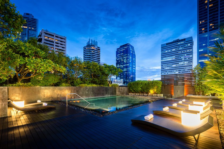 Rooftop Pool At Maitria Hotel Sukhumvit 18