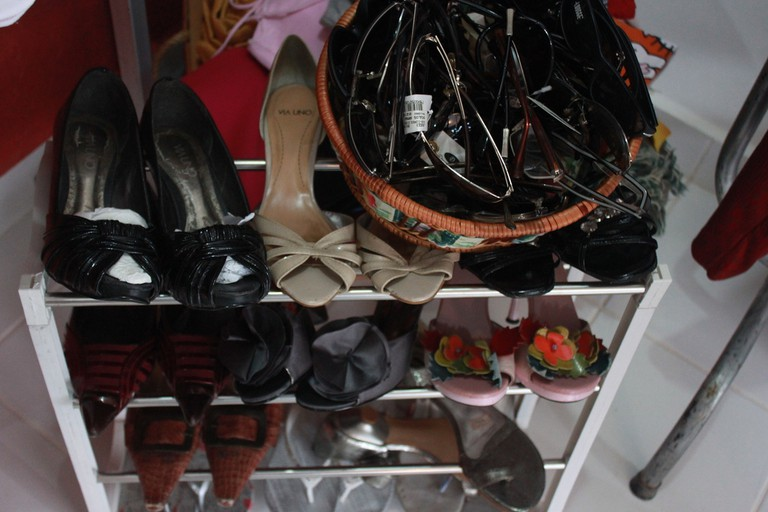 Vintage and thrift shoes and accessories
