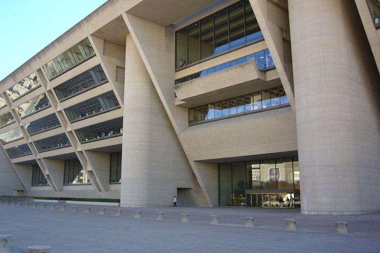 Dallas-city-hall