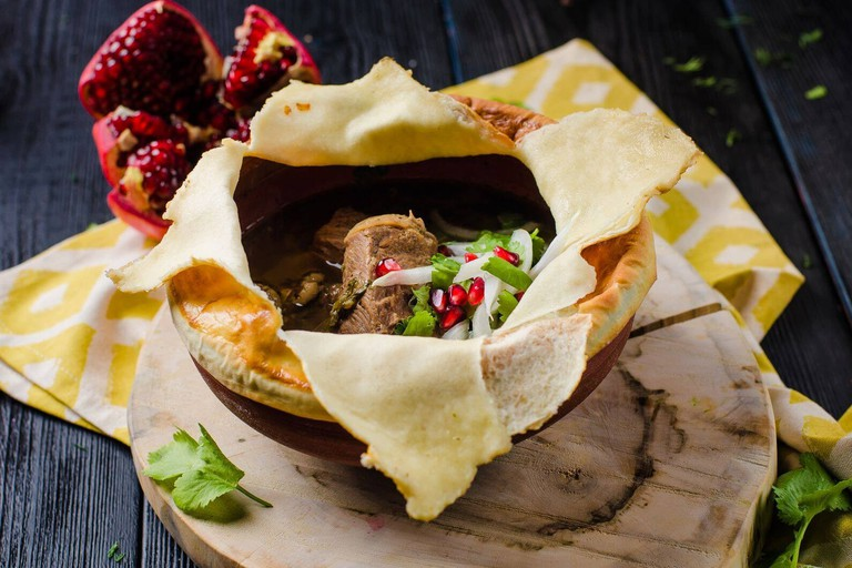 Georgian dish Chakondrili