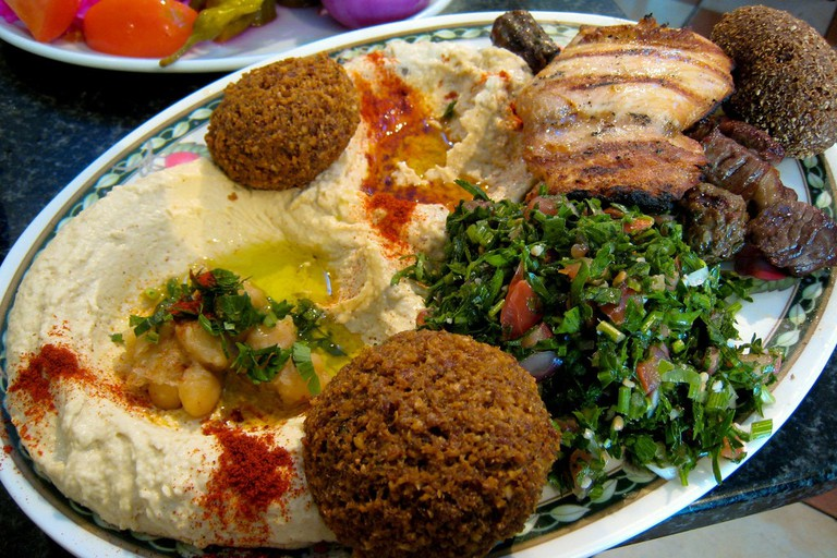 Mixed Turkish falafel plate