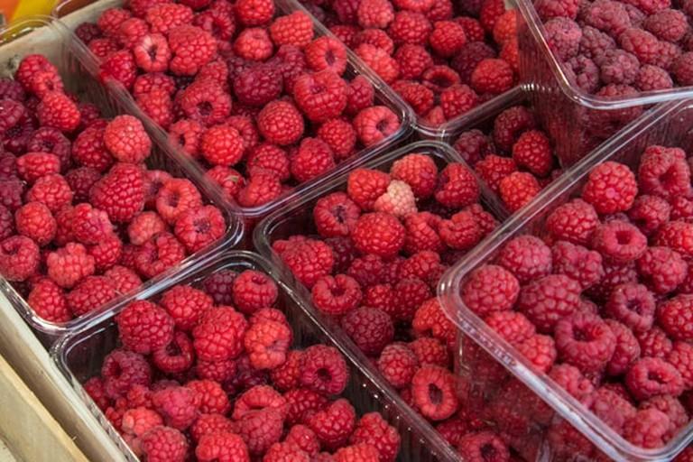 fruit-tirana