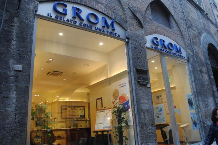 Grom gelateria on Via Banchi di Sopra
