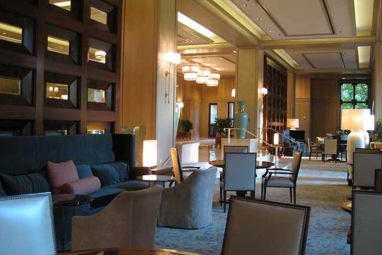 Lounge at Four Seasons Las Colinas