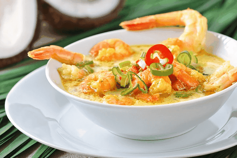 A warming king prawn soup