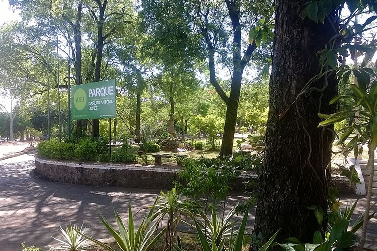 Carlos A Lopez Park, Asunción