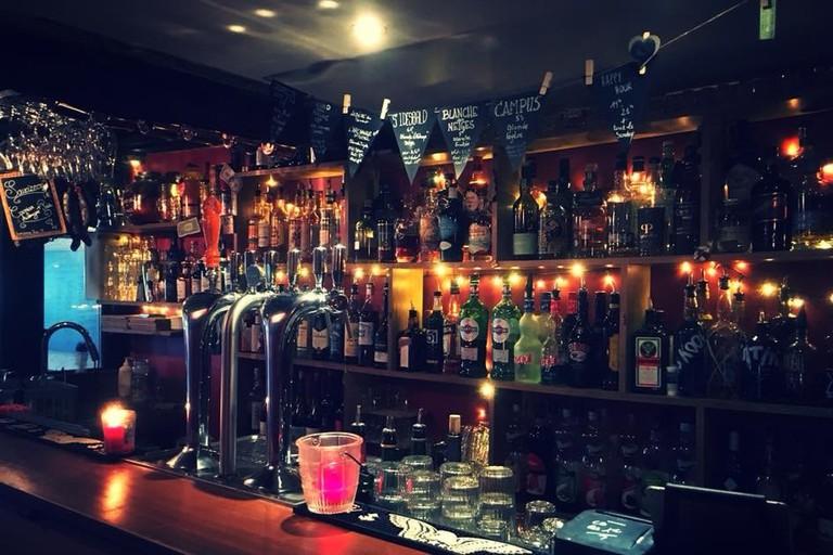 chez paulette bar