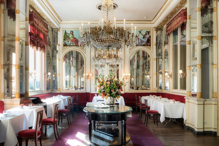 The elegant Risorgimento room at Del Cambio restaurant, Turin | Courtesy Del Cambio