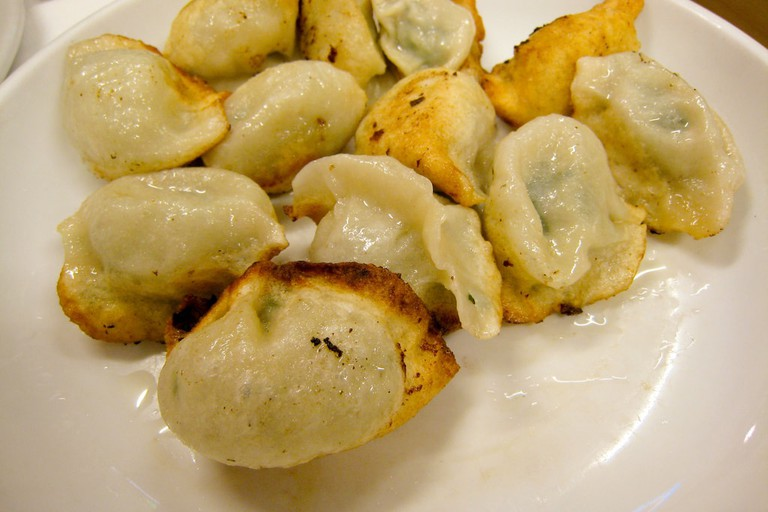 Great Pan Fried Dumplings | © Charles Haynes/ Flickr