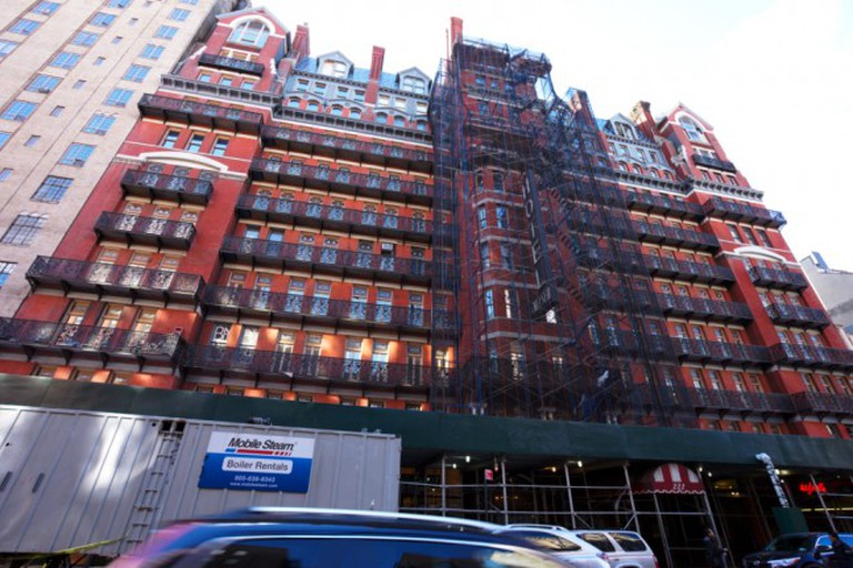 Hotel Chelsea under scaffolding