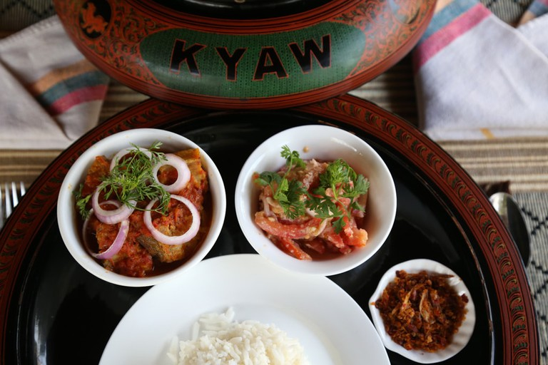 Kyaw-Kitchen-Catfish-Curry-in-Lacquerware-Set