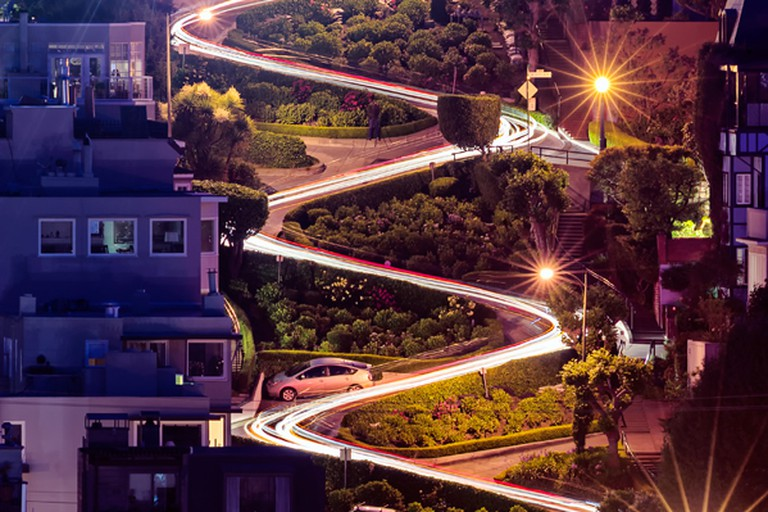 Night view of Lombard Street