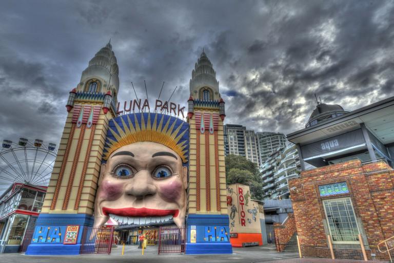 Luna Park entrance © Lenny K Photography / Flickr