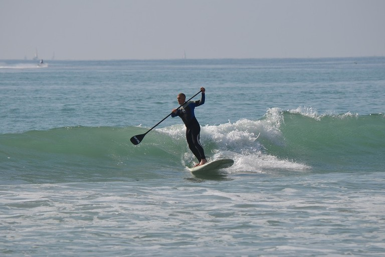 paddleboard-waves-socal-LA