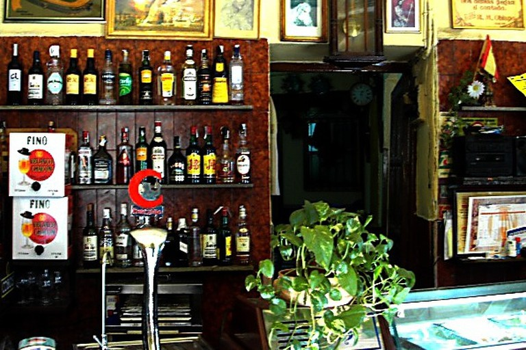 The old-school interior of Bar Santa Marina is a perfect environment for enjoying tortilla