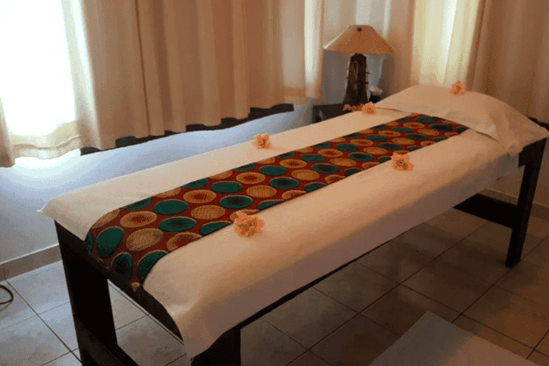 Massage tables at Sunset Spa | © Courtesy of Sunset Spa