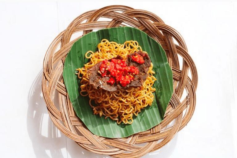 Delicious indomie rendang