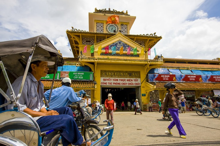 Colorful Binh Tay Market, | © Peter Stuckings/Shutterstock