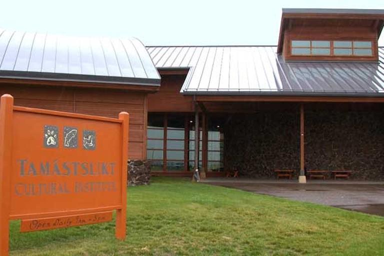 Tamástslikt_Cultural_Institute_on_the_Umatilla_Indian_Reservation_near_Pendleton,_OR