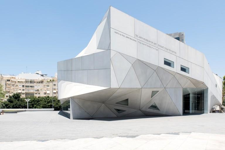 tel aviv museum of art-shutterstock_663191992