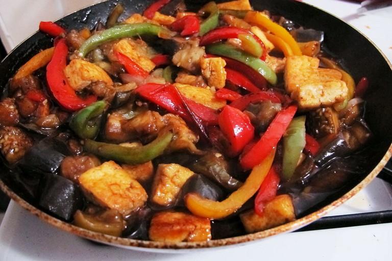 Vegan_Thai_Basil_Eggplant_(14271347306)