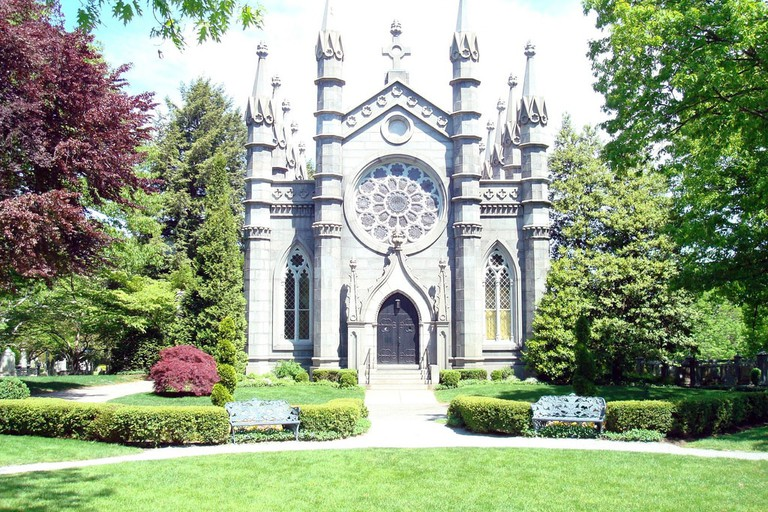 cambridge sightseeing mount auburn cemetery