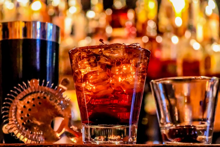 alcohol-3194824_1920