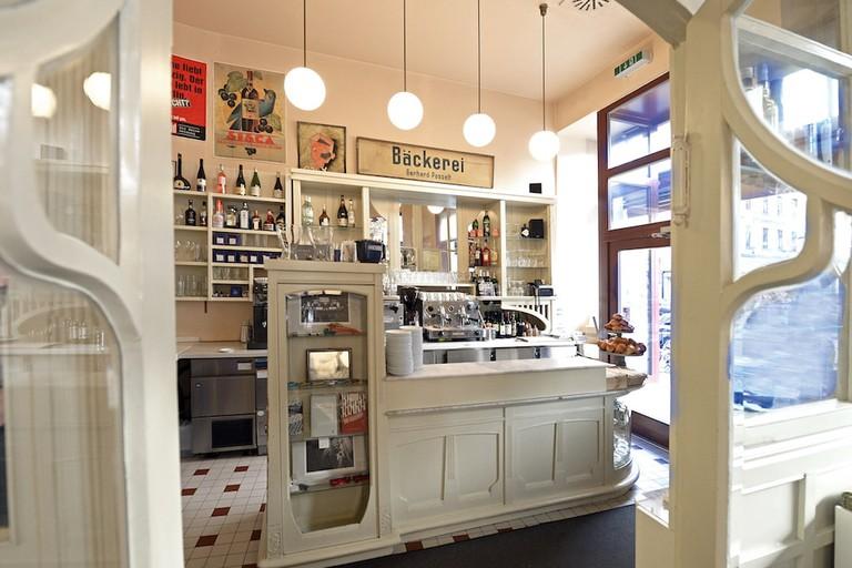 Cafe Maitre_2014-02-18 09.16.04