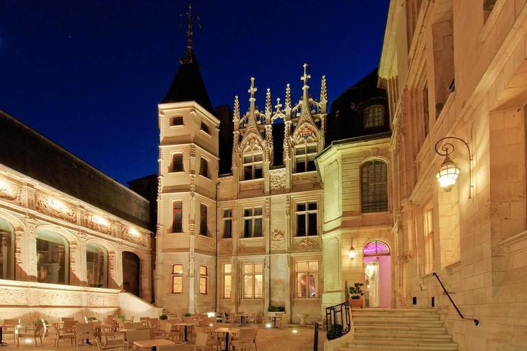 Façade Hôtel de Bourgtheroulde