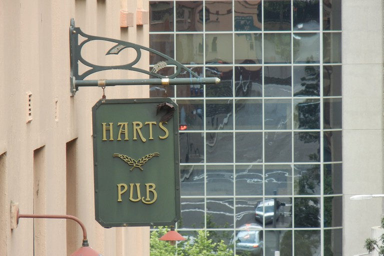 Harts Pub © Stilgherrian / Flickr
