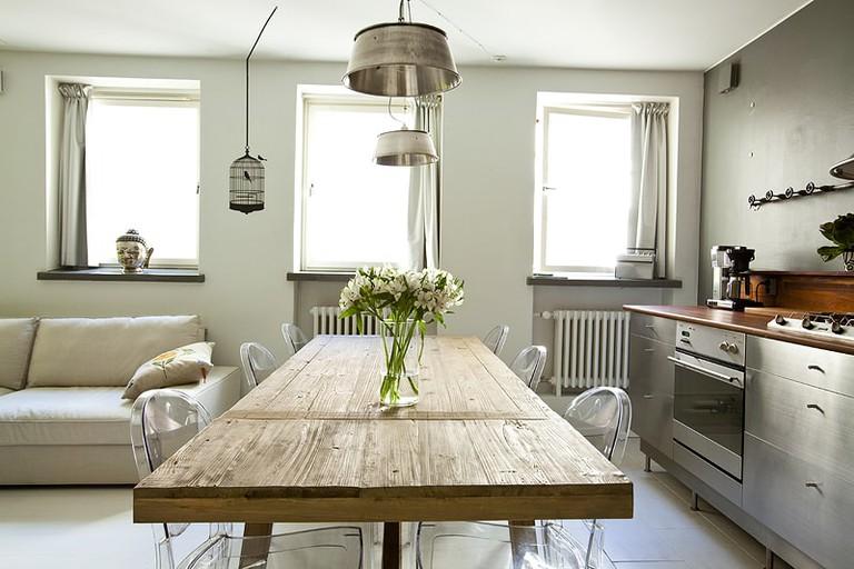 Studio Villa Airbnb in Helsinki's historic district.