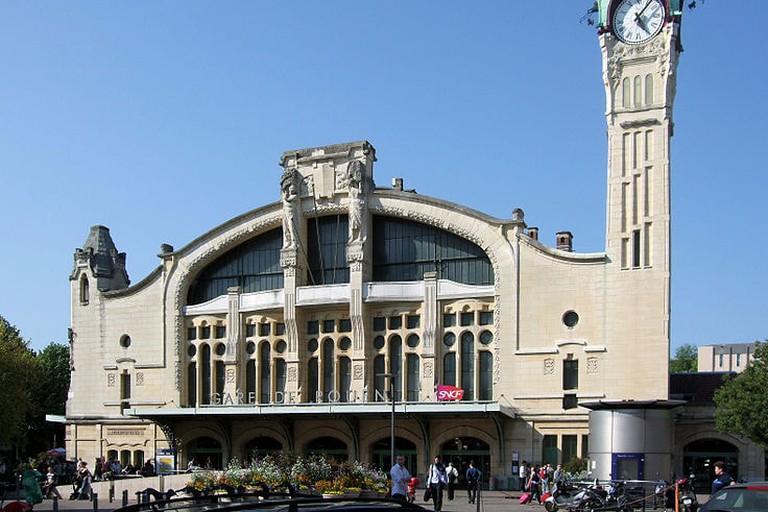 Rouen-Rive-Droite train station