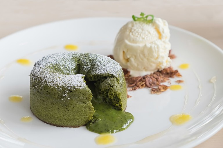 Matcha Lava Cake | © Dylan Law/Shutterstock