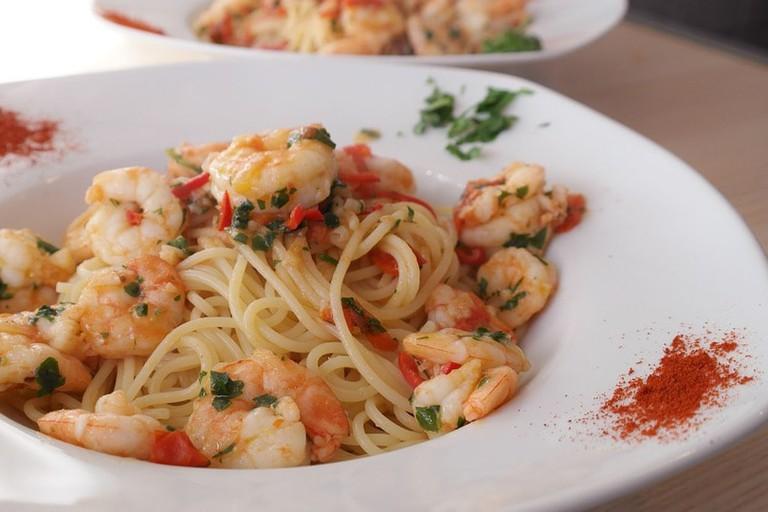 https://pixabay.com/en/spaghetti-pasta-noodles-food-eat-660748/