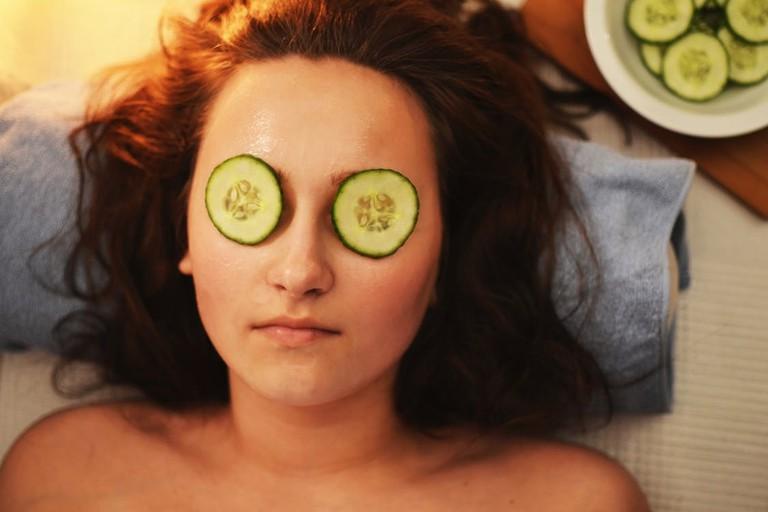 https://www.pexels.com/photo/woman-girl-beauty-mask-3192/