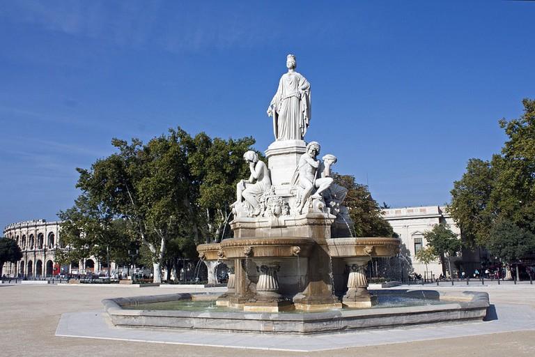 1024px-Nîmes-Fontaine_Pradier_VE-20121024