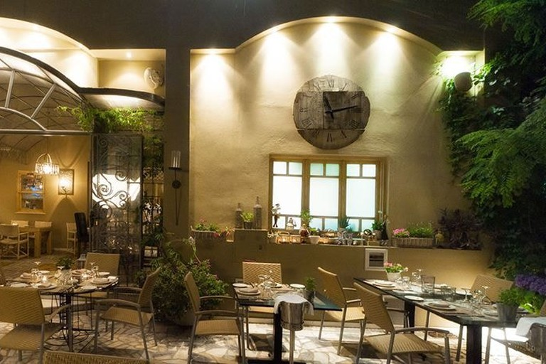 Aleria restaurant courtyard, Athens