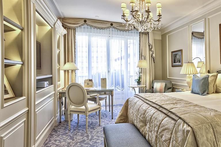 George V Hotel, Paris