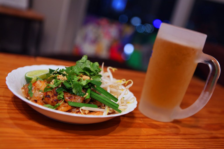 Pad Thai and beer