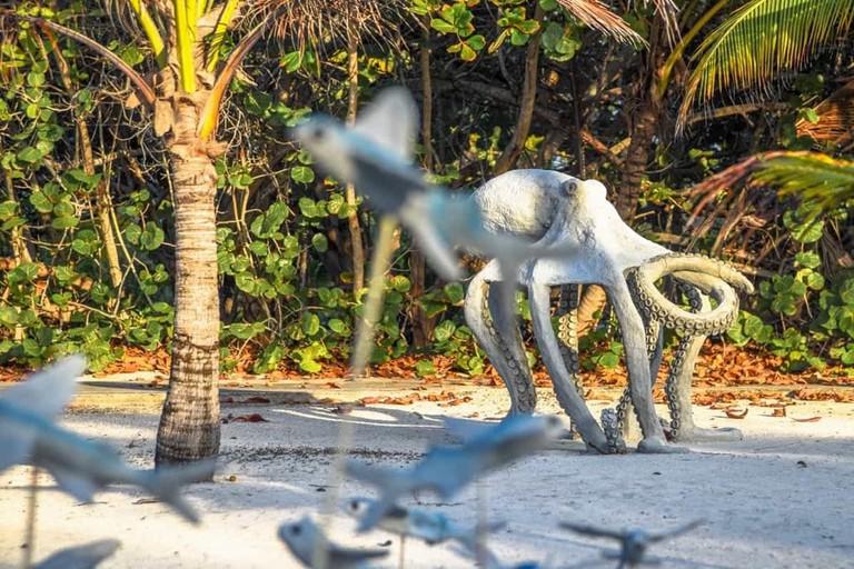 Davinoff's Sculpture Garden 4