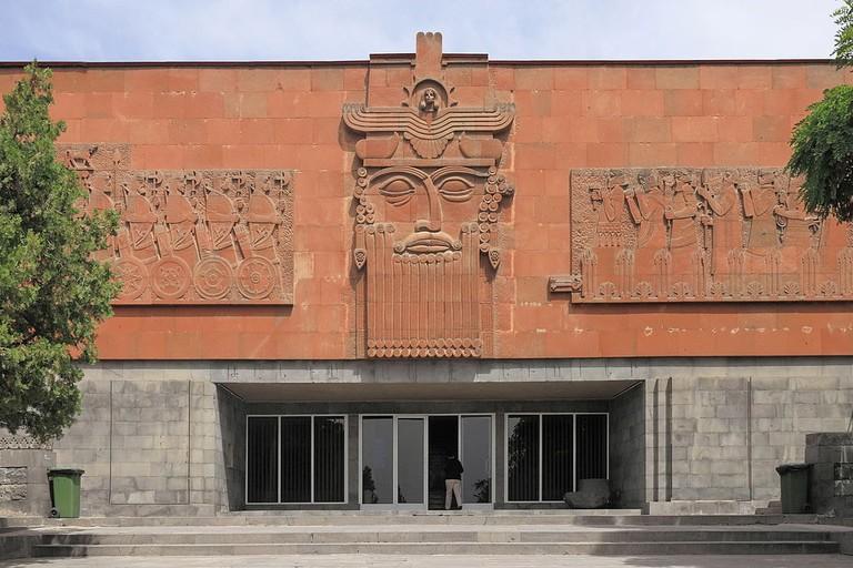 Erywań,_Erebuni,_Muzeum_Erebuni,_Budynek_muzeum_(02)