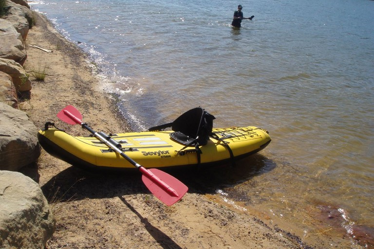 Kayaking at Manly Dam © Anna / Flickr