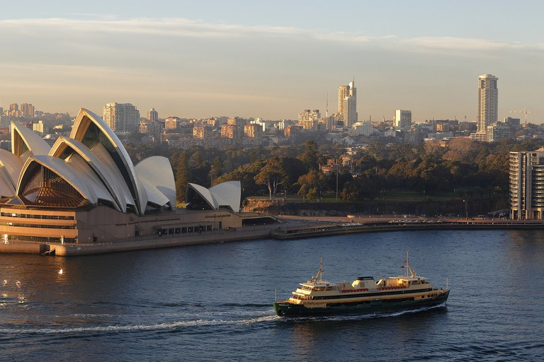 Manly ferry in Sydney Harbour © Ed Dunens / Flickr