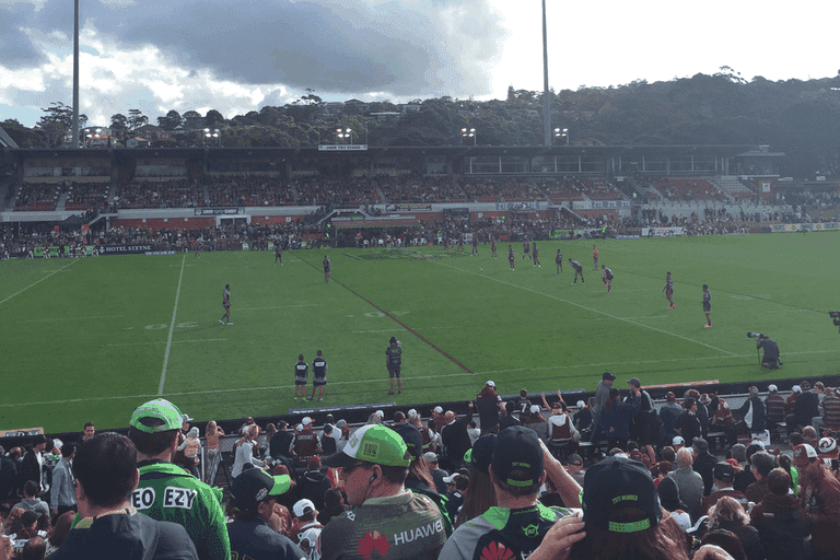 Manly Sea Eagles at Brookvale Oval © Tom Smith