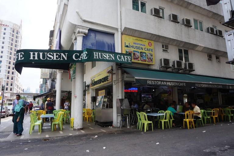 husen cafe
